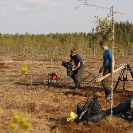 Dreharbeiten beim Aufbau der Fangkörbe in Schweden©T-Kuhn